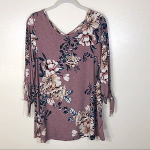 Vanilla Bay top 3/4 sleeve cross back floral NWOT